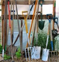 полезные инструменты на даче